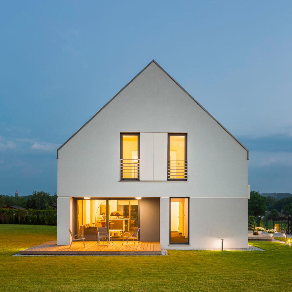 maison individuelle éclairée - constructeur de maison individuelles
